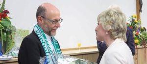 29.08.2015 Kroes mit Kicker-Schal statt Stola